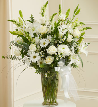 White Sympathy Vase - Click Image to Close