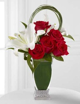 Pure Passion Bouquet - Click Image to Close
