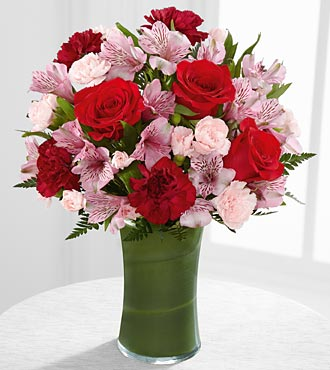 Love in Bloom Bouquet - Click Image to Close