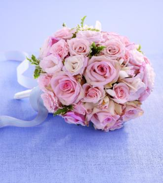 Dawn Rose Bouquet - Click Image to Close