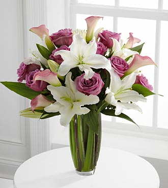 Flowing Luxury Rose And Lily Bouquet - Click Image to Close
