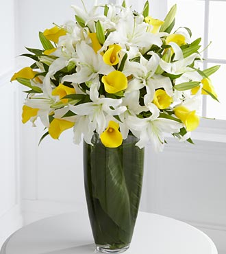 Vivacious Luxury Lily Bouquet - Click Image to Close