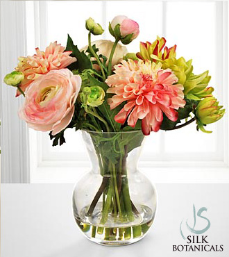 Dahlia & Ranunculus Bouquet in Glass Vase