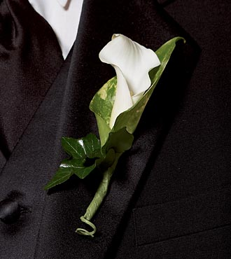Calla Lily Promise Boutonniere - Click Image to Close