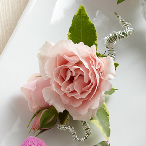The Pink Spray Rose Boutonniere - Click Image to Close