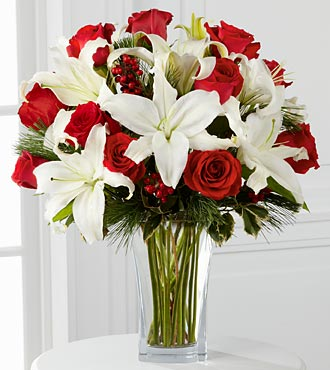 Holiday Wishes Bouquet - Click Image to Close