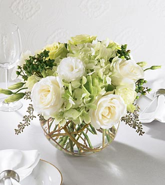 Centerpiece / Floral arrangement