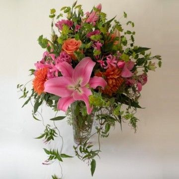 The English Country Garden Bouquet - Click Image to Close