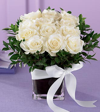 The Pure Romance Rose Bouquet - Click Image to Close