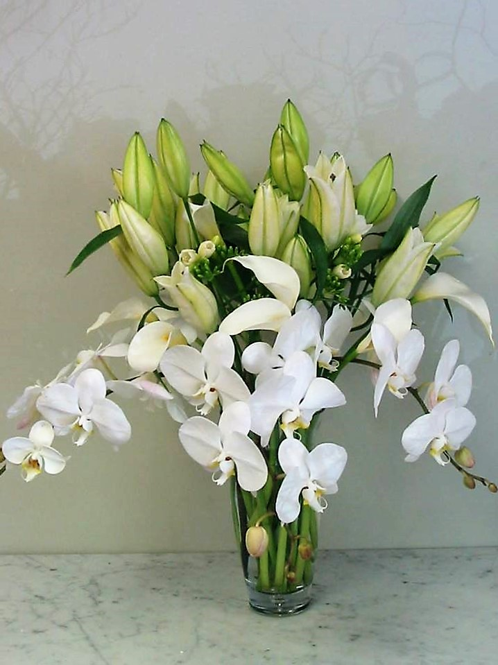 White Paradise Bouquet
