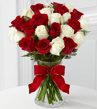 Heart of the Holidays Rose Bouquet