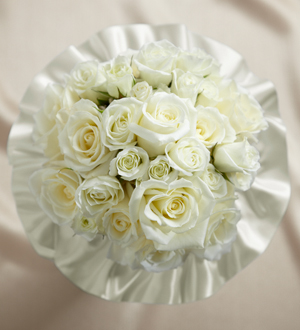 Sweet Roses Bouquet - Click Image to Close