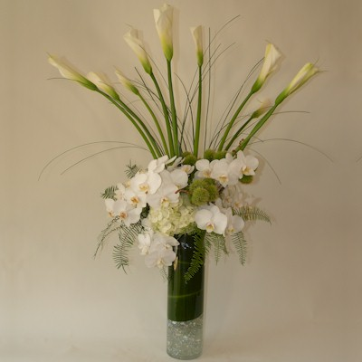 Elegant In White Bouquet - Click Image to Close